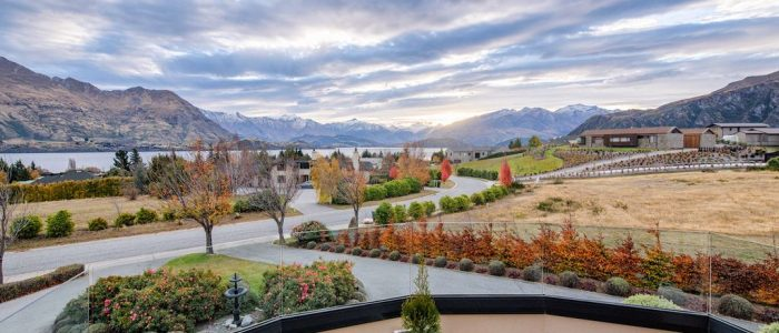 views wanaka property